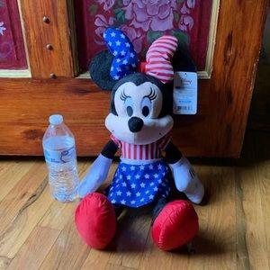 Minnie plush NWT